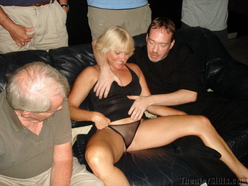 Guy Pisses In Girls Pussy
